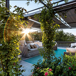 Bevilacqua Architects - Luxuriant Roof Garden in Rome